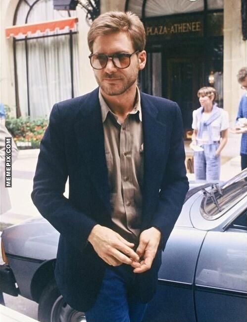 Harrison-Ford-in-slim-fit-suit